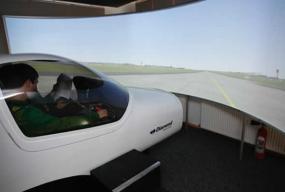 Simulator zbor front