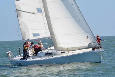 Sailing limanu front